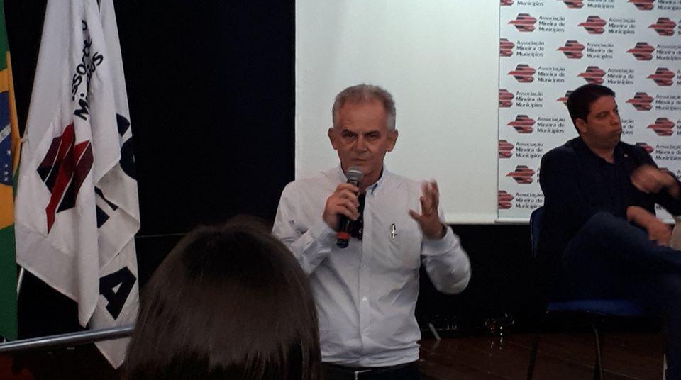 Seminário AMM e Arsae-MG Rogério Siqueira ABES-MG