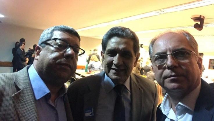 Edson A. da Silva (FNSA), Ubiratan Pereira (AESBE) e Sérgio Gonçalves (ABES
