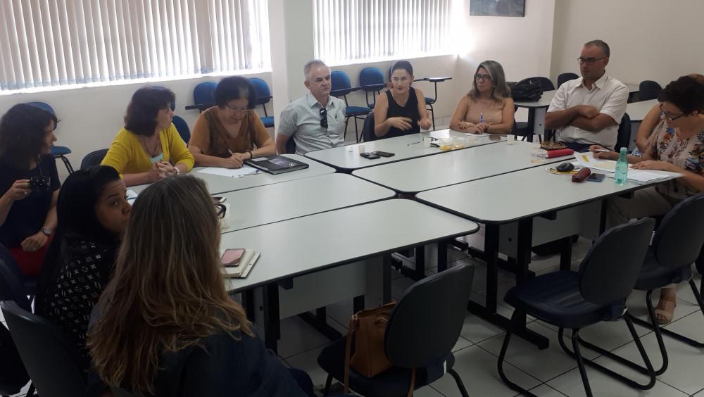 COMISSÃO DA ABES PREPARA 14º SEMINÁRIO NACIONAL DE RESÍDUOS SOLIDOS