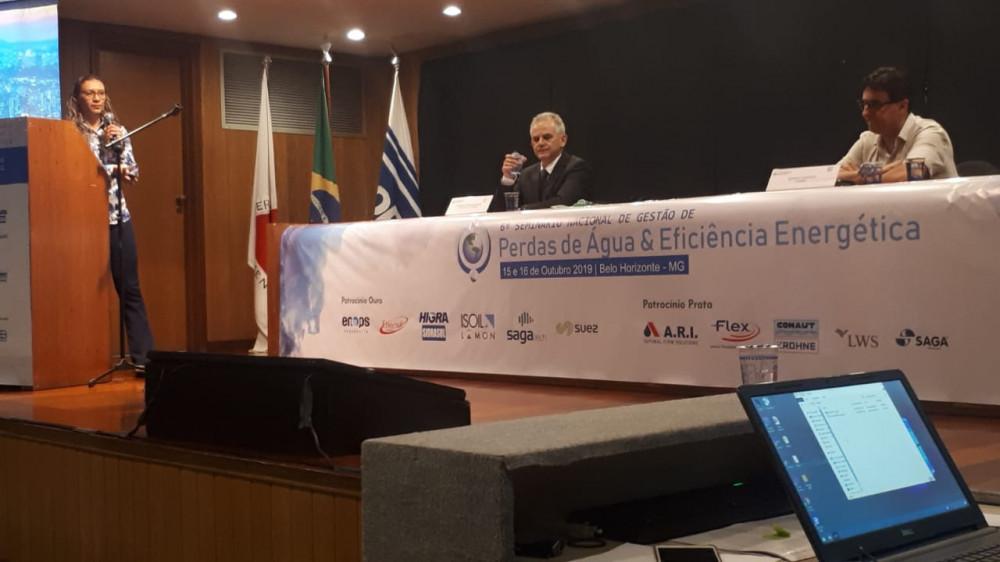 Aline Martins 6º Seminário Nacional de Gestão de Perdas de Água e Eficiência Energética da ABES