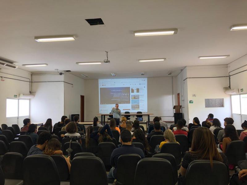 ABES-MG palestra para estudantes da engenharia sanitaria e ambiental do IFMG