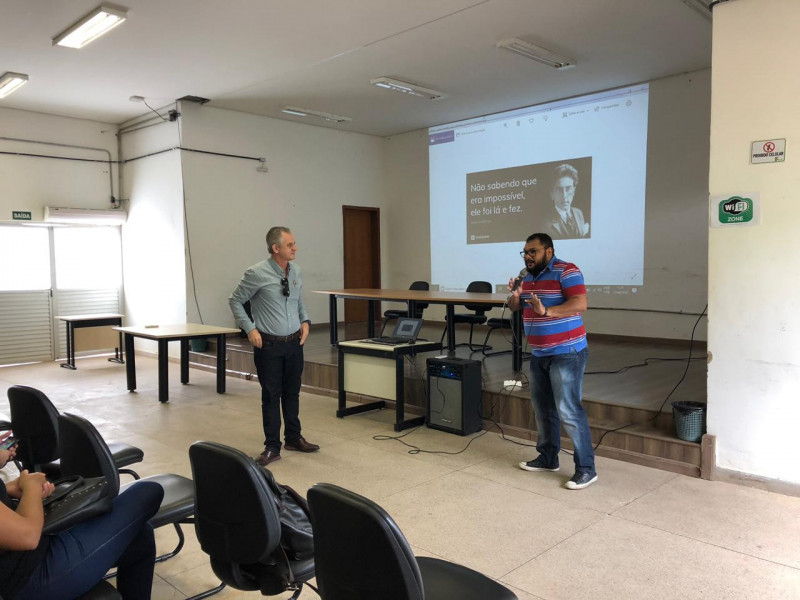 professor Fábio Cruz IFMG e Rogério Siqueira ABES-MG