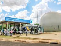 Ônibus é abastecido com biogás do esgoto de Franca/SP