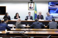 Especialistas divergem sobre a contaminação da água potável por agrotóxicos