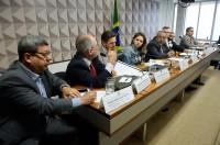 Privatização da água é criticada durante reunião na Comissão de Direitos Humanos