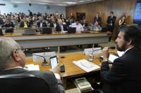 Comissão mista aprova MP que reformula marco legal do saneamento básico